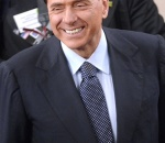 Сильвио Берлускони выставил на продажу свое логово разврата